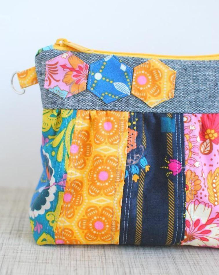 Patchwork Zipper Clutch | Free Pattern