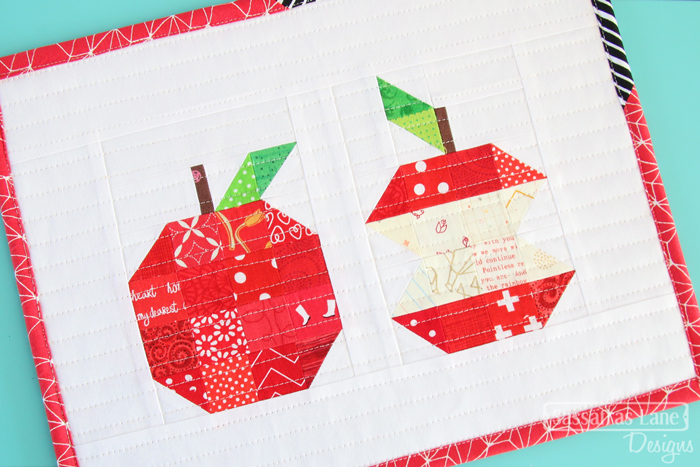Apple quilt block pattern perfect for teacher gifts