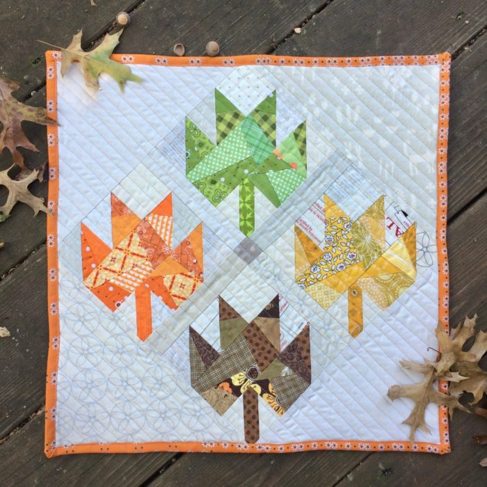 mini quilt pattern for fall home decor