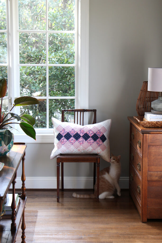 Easy to sew patchwork pillow cover