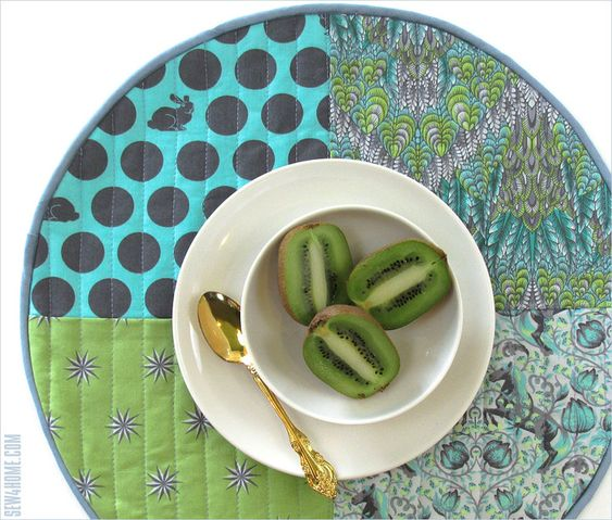 reversible placemats sewing pattern and tutorial